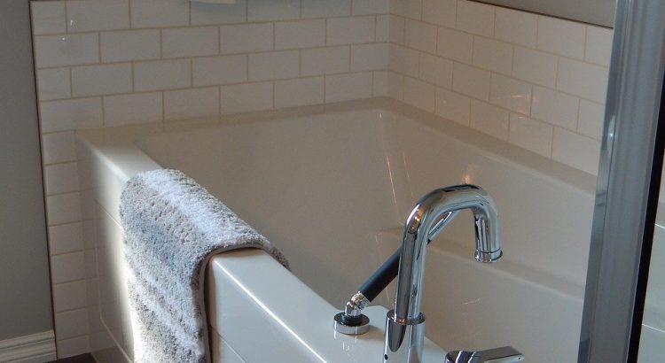 baignoire robinet